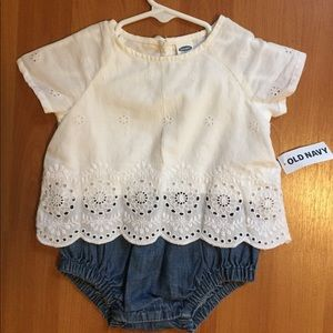 NWT Old Navy Baby Romper 3-6 months